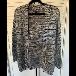 EXPRESS White and Black Sweater - XS